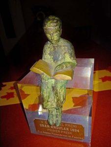 Premi Gran Angular 1994, instituït per l'Editorial Cruïlla.